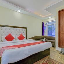 Oyo 23363 Hotel Highland in Chamba