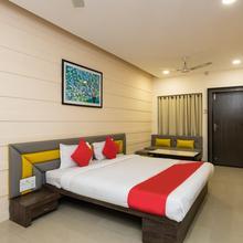 OYO 23442 Hotel Utsav in Dewas