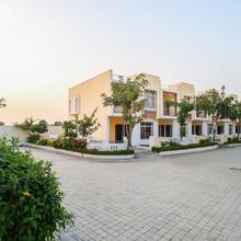 OYO 23535 Home Elegant 3bhk Jaisinghpura in Dhanakya