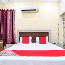 Oyo 23567 Hotel Prime in Goraya
