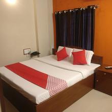 Oyo 23645 Hotel Sri Shiva Shakti in Srikalahasti