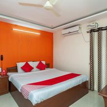 Oyo 23645 Hotel Sri Shiva Shakti in Chittoor