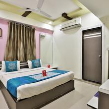 Oyo 2389 Hotel The Grand Pritam in Gandhinagar