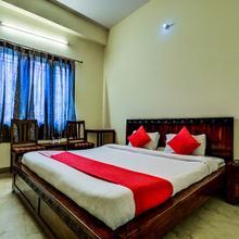 OYO 2393 Vanraj Palace in Khilchipur