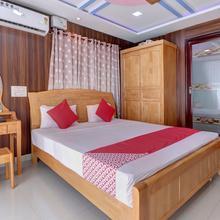 OYO 24245 Dv Residency in Bhadravati