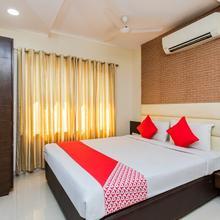 Oyo 24253 Hotel Avirat Inn in Dewas