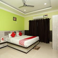 Oyo 24317 Aditya Guest House 3 in Cuttack