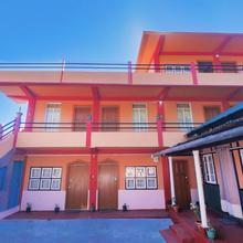 OYO 24484 Home Stay 4 Seasons Studios Mylliem in Shillong