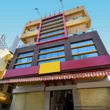 Oyo 2453 Hotel Mangesh Plaza in Kolhapur