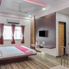 Oyo 24562 Vikrant Palace in Solapur