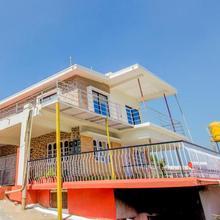 OYO 24587 Home Luxury 2bhk Karnangeri in Madikeri