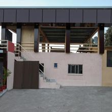 Oyo 24692 Home Mountain View Studio Guru Shikhar Rd in Mount Abu