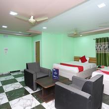 Oyo 24770 Hotel Siddhi in Sri Niketan