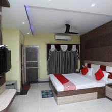 Oyo 25006 Hotel Tr Palace in Porbandar