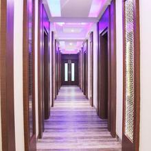 Oyo 2594 Hotel Kanchan Residency in Mathura
