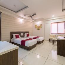 Oyo 2605 Adyar Ananda Bhavan Hotel in Devanhalli