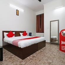 OYO 26611 Anand Mangal Hotel in Bareilly