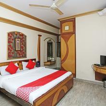 OYO 26647 Minar Hotel in Aligarh