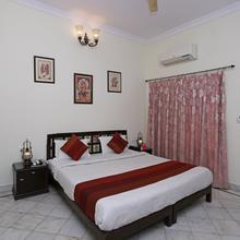 Oyo 2689 Hotel Karan Villas in Keshoraipatan