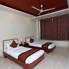 Oyo 2737 Residency Square in Jamshedpur