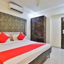 Oyo 27633 Hotel Dan in Daman
