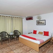 OYO 2794 Hotel Plaza Inn in Guwahati