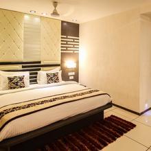 OYO 2859 Hotel Pearl in Bavla
