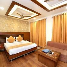 Oyo 2860 Hotel 24x7 Inn in Jalandhar