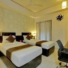 OYO 29105 Hotel Magnum Inn in Shapur