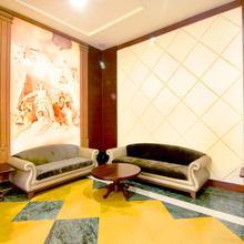 OYO 2926 Resort Hotel Club Paraiso in Gogaon