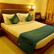 OYO 2929 Hotel Mahi Residency in Hatia