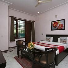 OYO 306 Hotel Staayy Inn in Gurugram