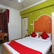 Oyo 3061 Hotel De Pintu in Danapur