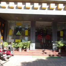 Oyo 3063 Crystal Residency in Ranchi