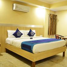 Oyo 3082 Hotel Royal Opera in Chik Banavar