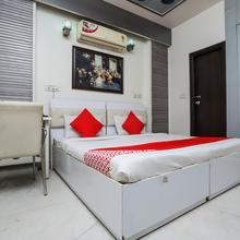 Oyo 319 Rk Residency in Greater Noida