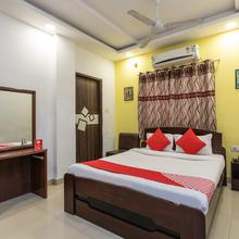 Oyo 3205 Hotel New Luxury Royale in Indore