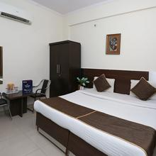 Oyo 3209 Hotel Anand Villa in Agra