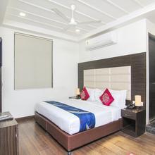 Oyo 3232 Royal Inn in Kanpur