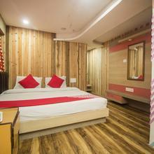 Oyo 3303 Hotel Broadway Annexe in Naya Bazar