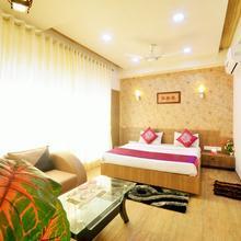 Oyo 3306 Hotel Shyam in Veraval