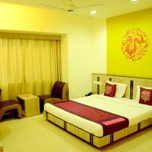 OYO 3350 Apartment Platinum Suites in Phursungi