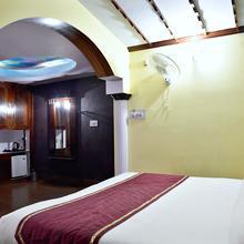 Oyo 3361 Hotel Kapital in Shimla