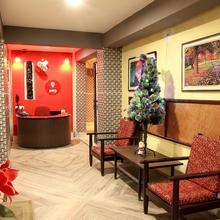 OYO 3418 Hotel Amit in Alipore