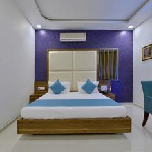 Oyo 3422 Hotel Golden Berry in Mount Abu