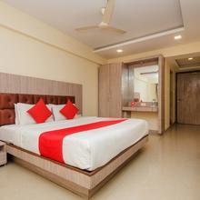 OYO 348 Hotel K N Park in Kalyan