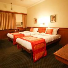 OYO 3514 Hotel Skylon in Ahmedabad