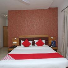 Oyo 3523 Tekarees Inn Mahanagar in Lucknow