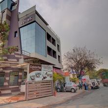 OYO 35844 Hotel Lotus Residency in Sangli
