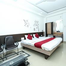 Oyo 3603 White Pearl Hotel in Jabalpur